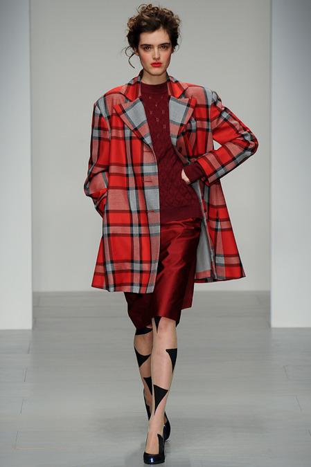 Vivienne-Westwood-Fall-2014-61