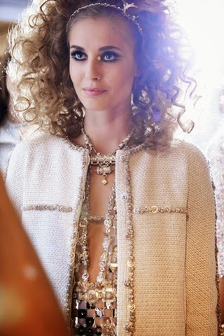 chanel-cruise-2014-15-backstage-02