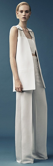 thierry-mugler-2015-resort-cruise-pre-spring-womens-fashion-grosgrain-straps-d-rings-cinch-waist-zigzag-white-handkerchief-hem-wrap-vest-palazzo-pants-04x
